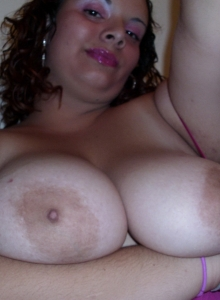 Chubby Girlfriend Takes Selfshot Pictures For Her Boyfriends Friends - Picture 4