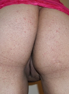 Chubby Girlfriend Takes Selfshot Pictures For Her Boyfriends Friends - Picture 9