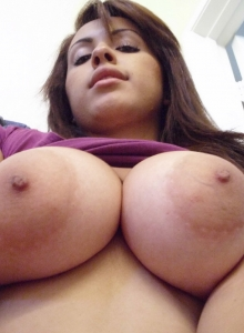 Big Breasted Girlfriend Takes Selfshot Pictures Of Her Big Juicy Real Tits - Picture 5