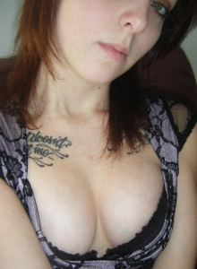 Cute Tattooed Girlfriend Takes Self Pictures For Her Boyfriend Who Shared Them With Us - Picture 2